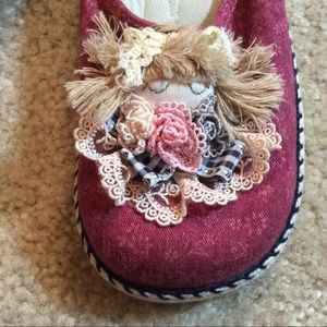 Hot Topic Shoes - Girl's Kitsch Lolita Dll Slippers Girly Dolly